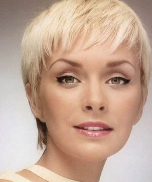 Edgy Short Pixie Cut Round Face