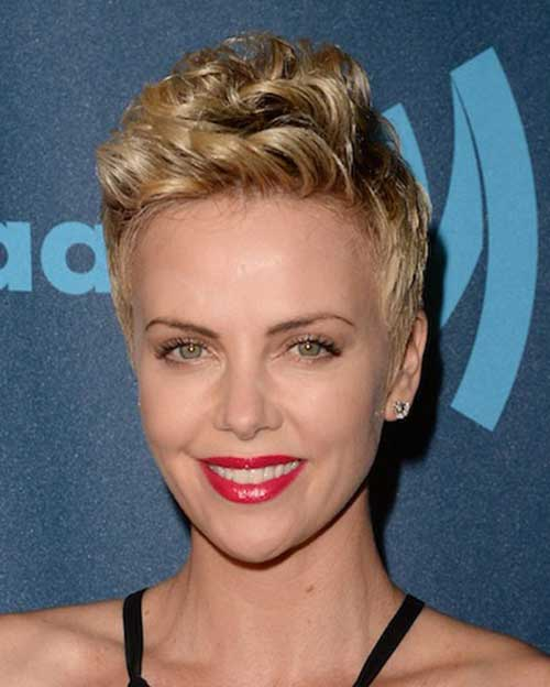 Charlize Theron Pixie Hair-13
