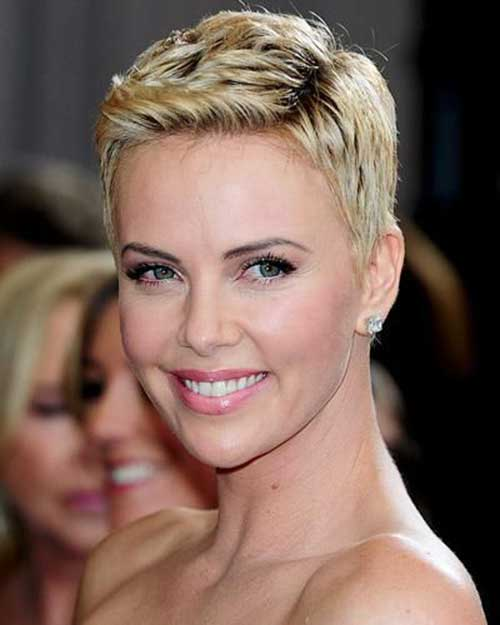 Charlize Theron Pixie Hair-8