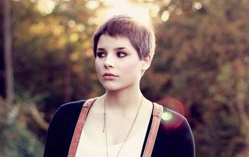 Pixie Cuts for Round Faces-10