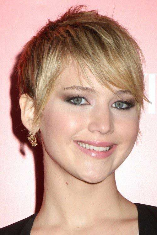 Pixie Haircuts with Bangs-11