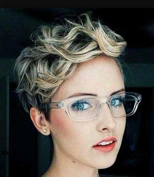 Short Wavy Pixie Hairstyles-11