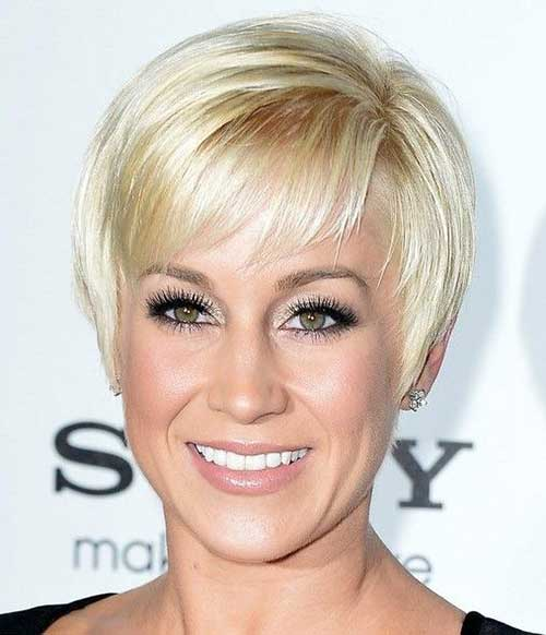 Pixie Haircuts with Bangs-14