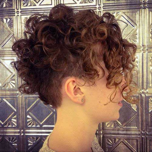 Short Curly Pixie Hairstyles-14