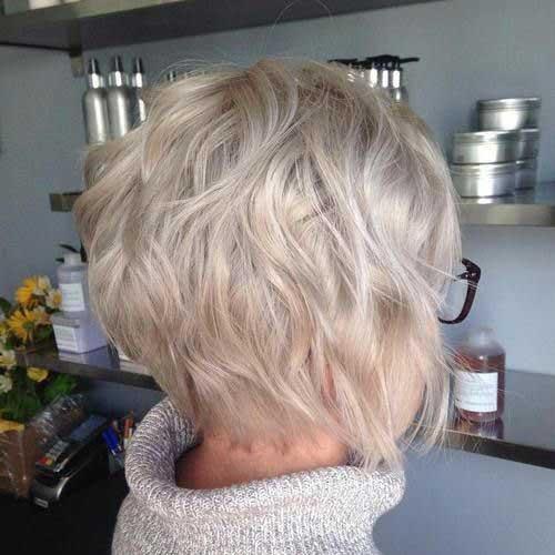 Short Wavy Pixie Hairstyles-16