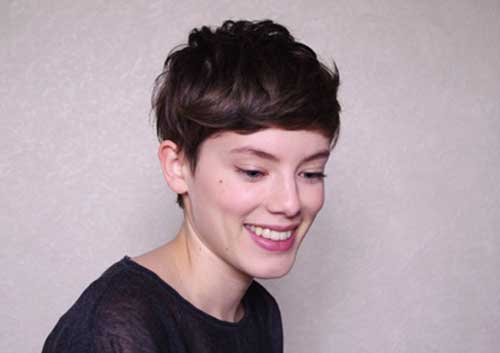 Short Dark Pixie Hairstyles-17