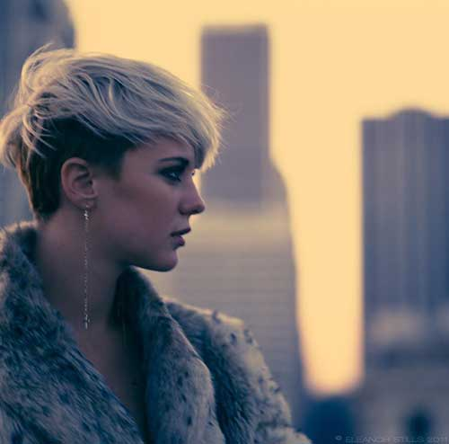 Blonde Pixie Cuts-18