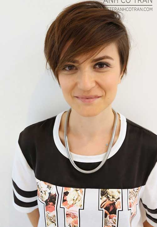 Edgy Pixie Cuts-20