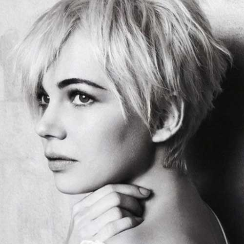 Pixie Cuts for Round Faces-21