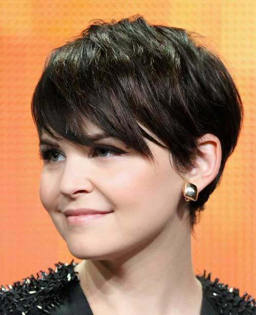 Pixie Haircut for Round Faces-12