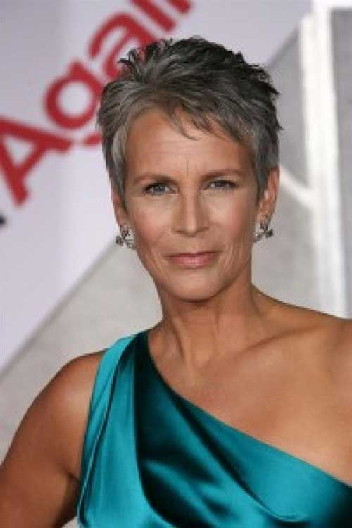 Pixie Haircuts for Older Ladies-15