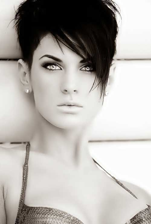 Short Funky Pixie Hairstyles-18