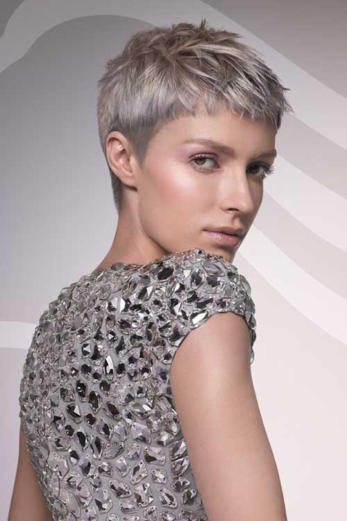 Pixie Haircut for Gray Hairs-22