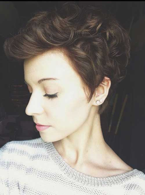 Pixie Cuts for Curly Hairs-25