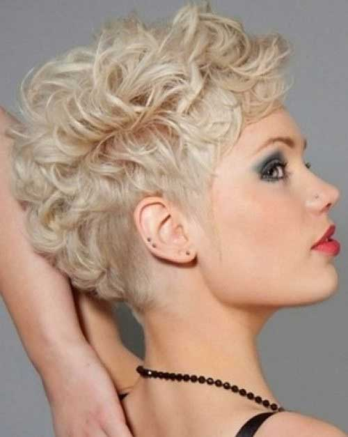 Pixie Cuts for Curly Hairs-26