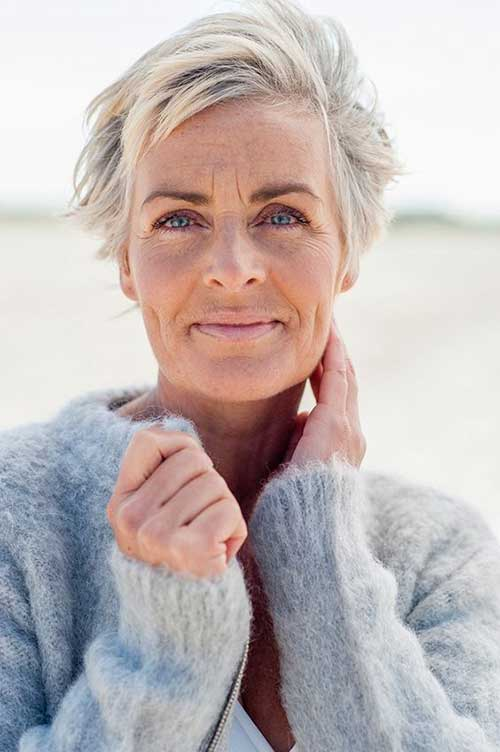 Pixie Haircuts for Older Ladies-29