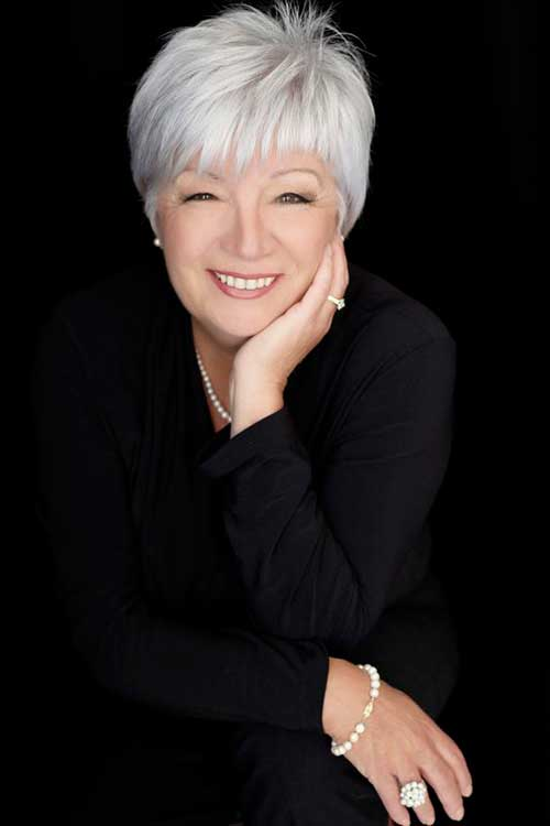 Pixie Haircuts for Older Ladies-32