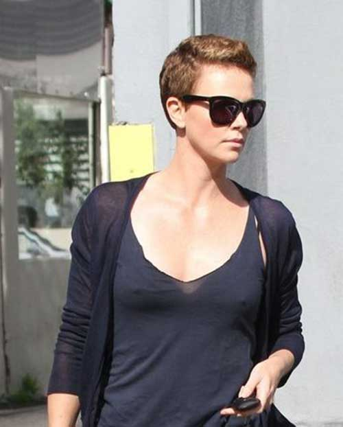 Charlize Theron Pixie Haircuts-9