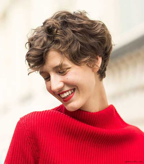 Best Curly Pixie Cuts