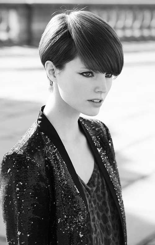 Female Casual Pixie Hair Cut