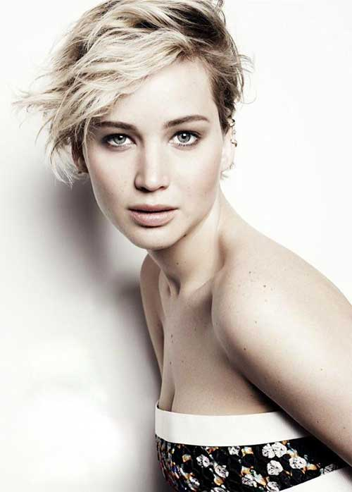 Jennifer Lawrence Wavy Pixie Hair Cut