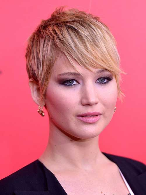 Jennifer Lawrence Stylish Pixie Hair Cut 2014