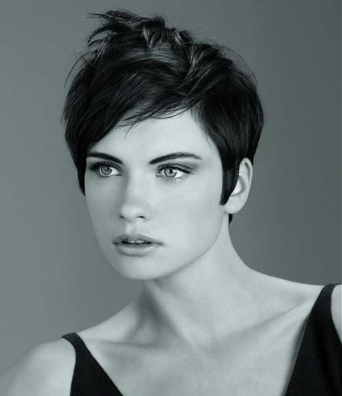 Messy Pixie Cut Styles for Round Faces