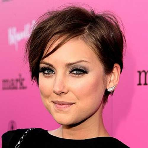 Modern Straight Pixie Hair Idea