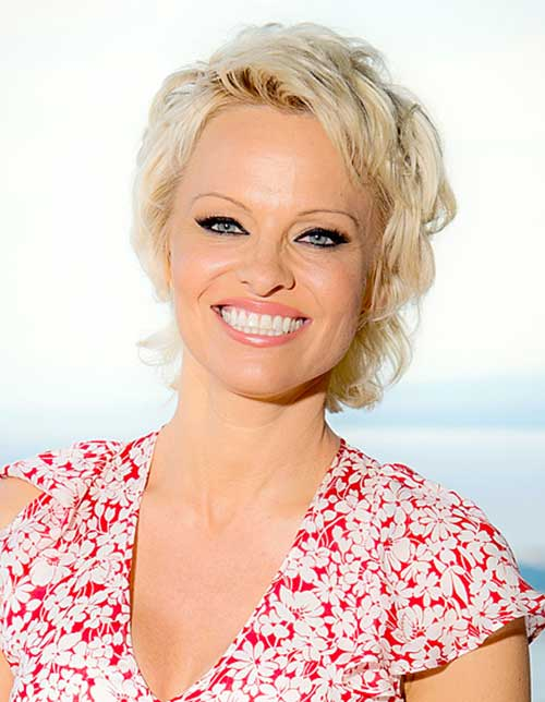 Pamela Anderson Cute Pixie Haircut