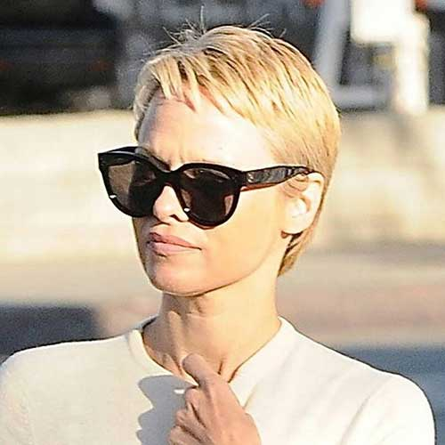 Best Pamela Anderson Pixie Haircut