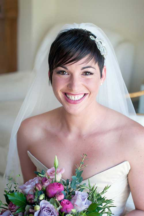 Pixie Hairstyles with Veil for Wedding Hair