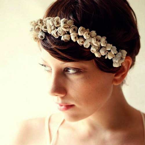 Pixie with Flovers for Wedding Hairstyles
