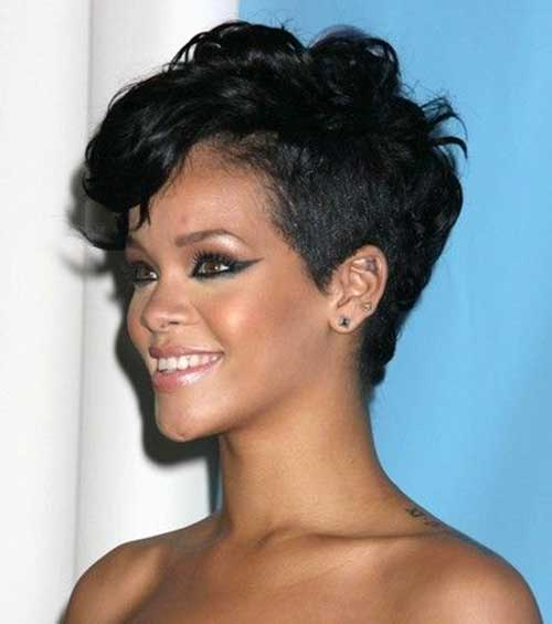 Short Wavy Pixie Cuts Ideas for Black Women