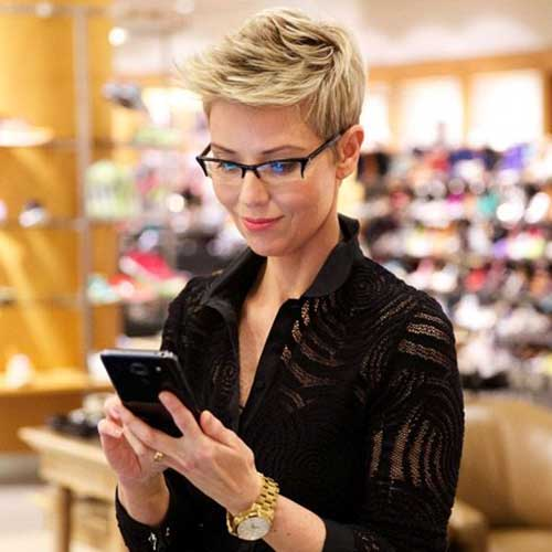 Trendy Blonde Pixie Hairstyle