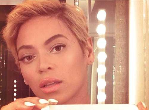 Celebrities Blonde Pixie Hair Cuts