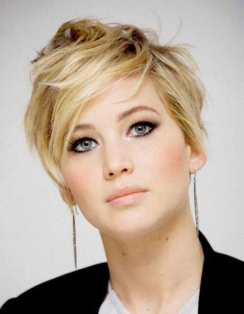 Celebrities Blonde Pixie Cut