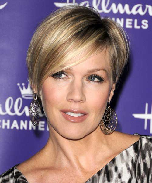 Longer Blonde Pixie Cuts