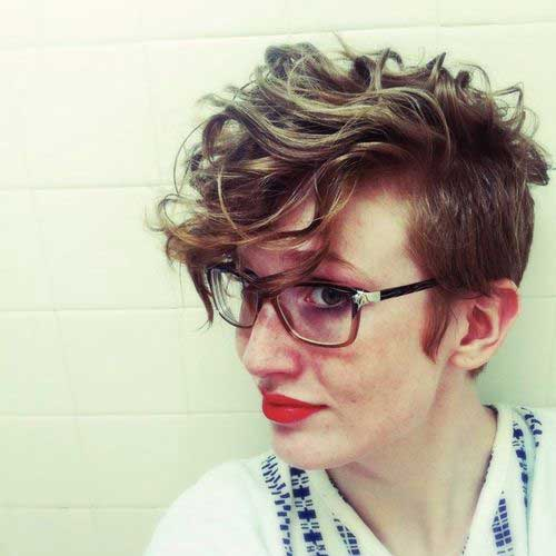 Cute Pixie Haircut Curly Hair