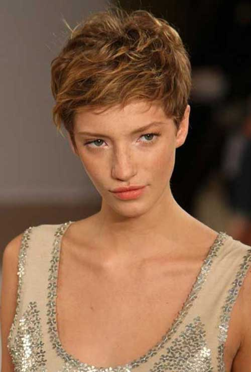 Trendy Pixie Short Haircuts