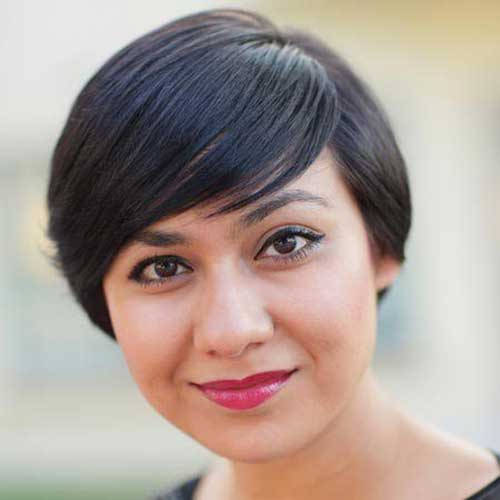 Straight Pixie Haircut for Round Face