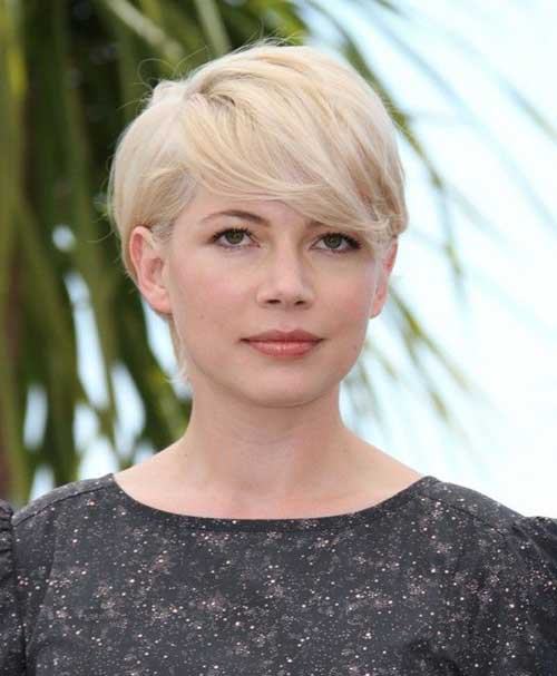 Straight Pixie Haircut for Oval Face