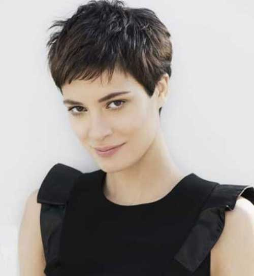 Women Pixie Hair 2015