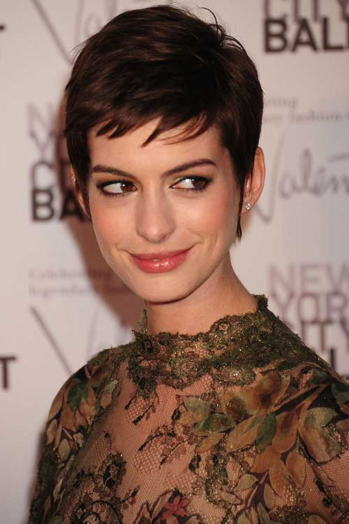 Anne Hathaway Layered Short Pixie Cut