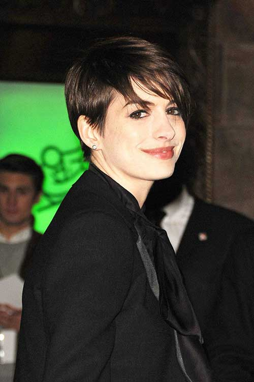 Anne Hathaway Pixie Styles Pictures