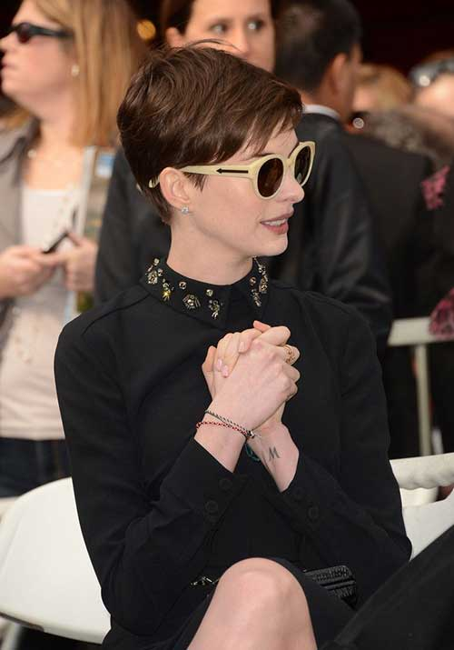 Brown Pixie Haircut Anne Hathaway