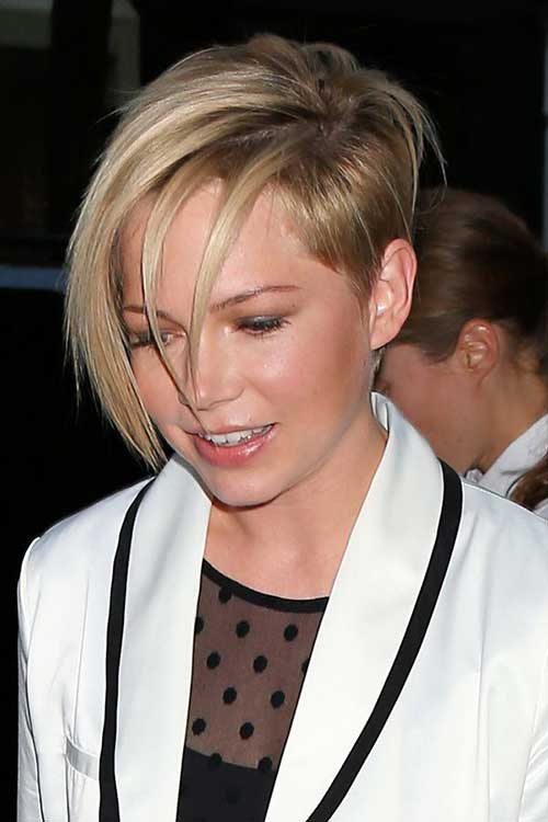 Michelle Williams Asymmetrical Hair Pixie Cuts