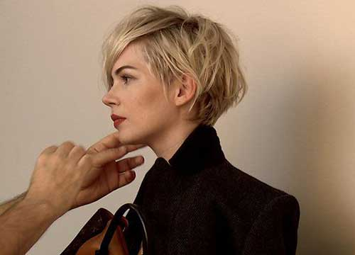 Michelle Williams Layered Pixie Hairdo Pictures