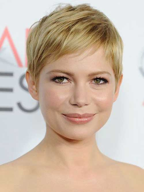 24. Michelle Williams Messy Layered Pixie Hairdo