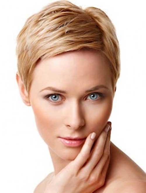 Chic Pixie Haircut Round Face