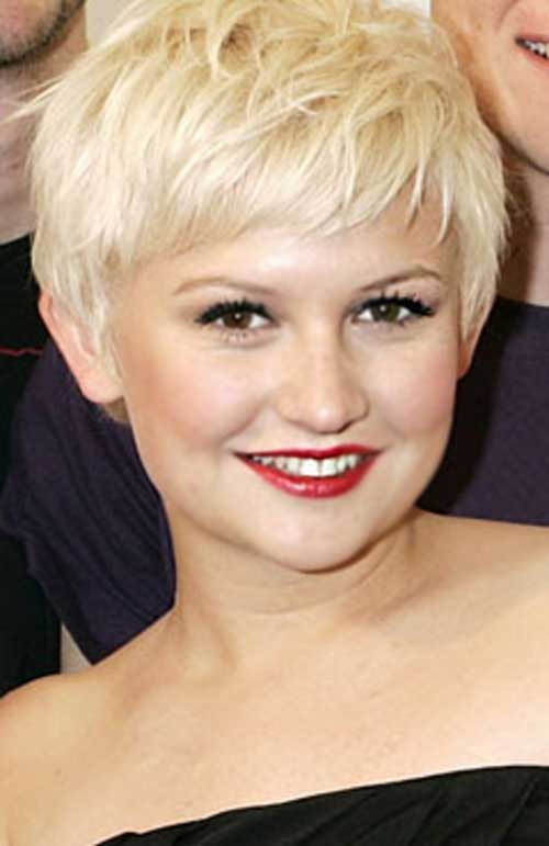 Best Round Face Blonde Pixie Hairstyles